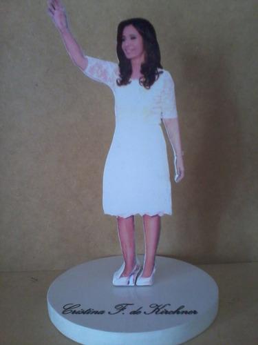 cristina kirchner, estatuilla, figura artesanal