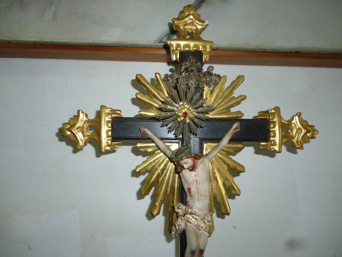 Cristo Crucificado Em Madeira