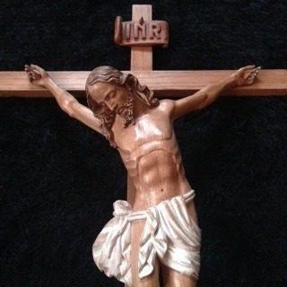 cristo en cruz tallado madera/pintado mano y otras obras....