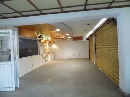 (crm-1404-1109)  propiedad de varios locales jardines garage