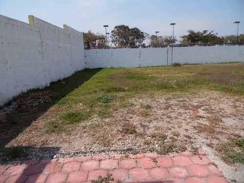 (crm-1404-1228)  terrenos planos dentro de privada cerrada en sumiya clave tt799