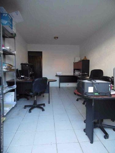 (crm-1404-1440)  local comercial sobre avenida en zona residencial norte col. hda tetel