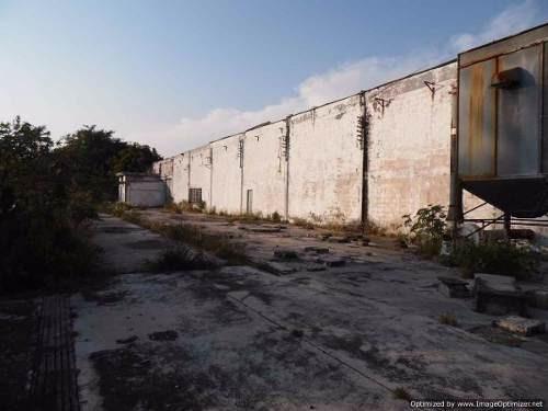 (crm-1404-1899)  se vende terreno de 5 hectáreas con nave industrial en alpuyeca morelo