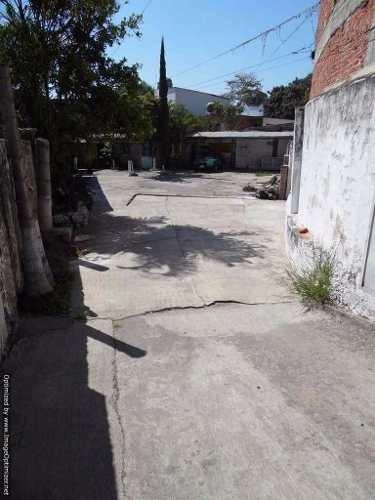 (crm-1404-1938)  se vende terreno con uso comercial sobre calle principal col. acapantz
