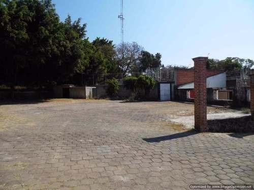 (crm-1404-1946)  atención franquicias!!! se vende o renta propiedad comercial en avenid