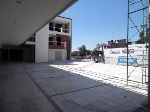 (crm-1404-2063)  venta/renta de locales en plaza sobre avenida col. tlaltenango