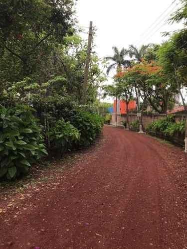 (crm-1404-2317)  se vende terreno plano de 1,354 m2 dentro de real de tezoyuca em. zapa
