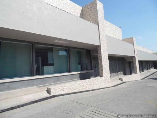 (crm-1404-2628)  renta de local o bodega comercial dentro de plaza comercial en civac c