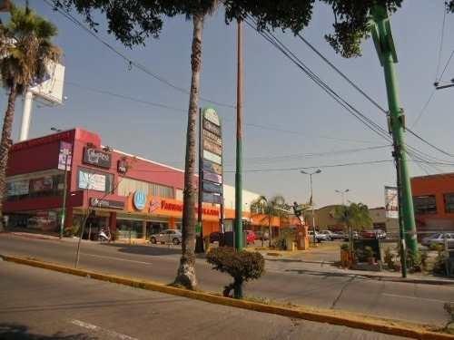 (crm-1404-2870)  se renta local en plaza comercial, ubicación: planta alta, cerca de pl