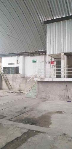 (crm-1404-2899)  se renta bodega comercial cerca de forum cuernavaca clave br470