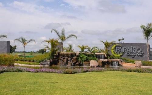 (crm-1404-447)  dentro del exclusivo campo de golf paraiso country club, ubicado en el municipio de emiliano zapata !!