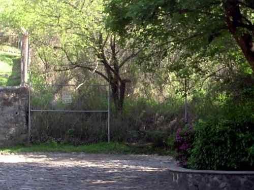 (crm-1404-516)  terreno ubicado en exclusiva privada con vigilancia, con 400 m2 mas federal !!