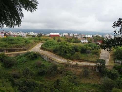 (crm-1404-517)  terreno con desnivel, desde 200 m2 , escriturados, diversos accesos!!