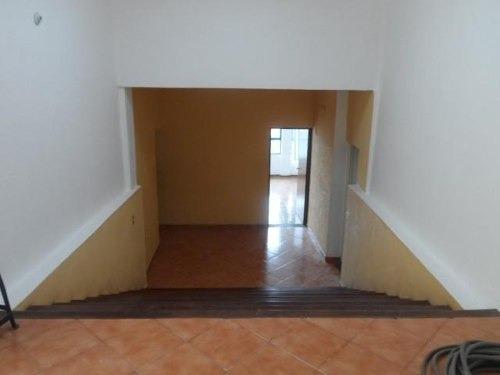 (crm-1404-560)  se renta en esquina, con garage u opción a locales!! colonia la prader