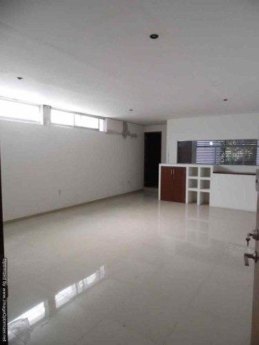 (crm-1404-820)  renta oficina en zona dorada en vista hermosa clave or581