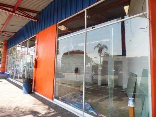 (crm-1404-834)  local comercial dentro de plaza !! cerca de plaza forum ! clave lr621