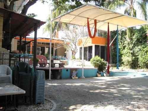 (crm-1404-849)  oferta se vende propiedad con uso de suelo actual de escuela y cafetería,!!
