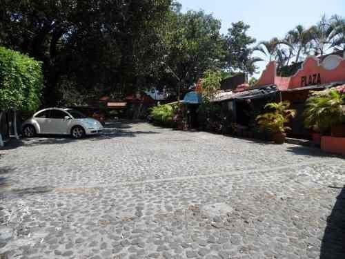 (crm-1404-963)  plaza con 18 locales!