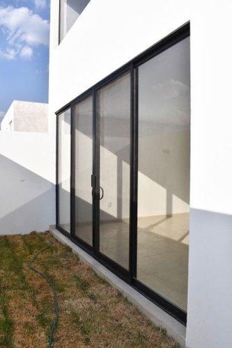(crm-1621-1409)  ti/ venta casa agaves zibata queretaro