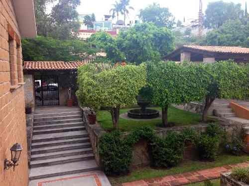 (crm-1621-1646)  kl / casa estilo mexicano con salida al campo de golf. juriquilla. qro