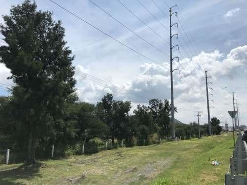 (crm-1621-1762)  kl/ terreno industrial, a un costado del piq, carretera qro-slp.