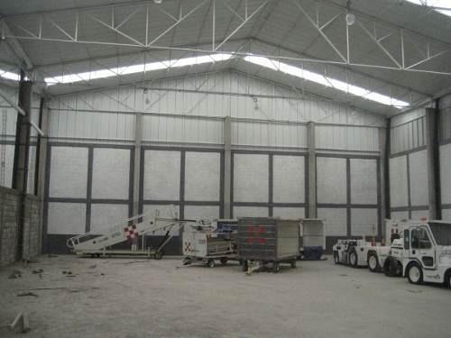 (crm-170-694)   renta de bodega comercial, vw, 1,000 m2