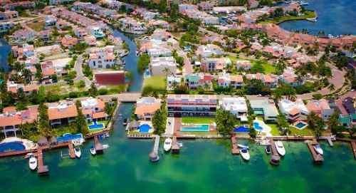 (crm-2658-1068)  departamento en venta en isla dorada cancún