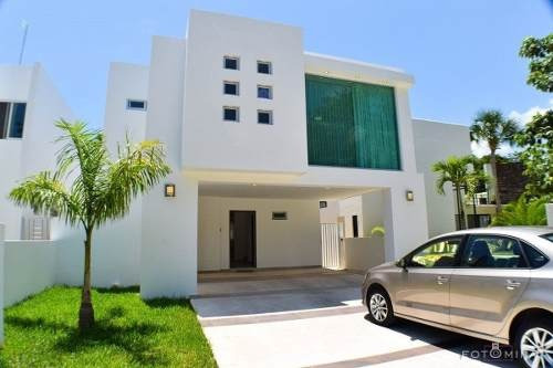 (crm-2658-2500)  casa en venta en playa del carmen