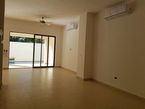 (crm-2658-2867)  casas en venta en lagos del sol cancún