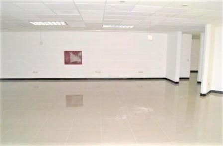 (crm-2895-1659)  oficina en renta col. valle campestre