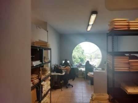 (crm-2895-1687)  oficinas en venta  miravalle $9,500.000