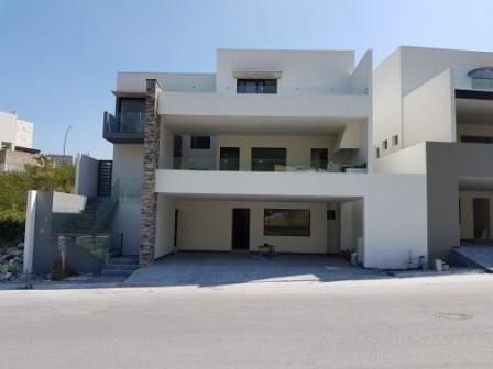 (crm-2895-1746)  casa en venta en carolco $8,950.000