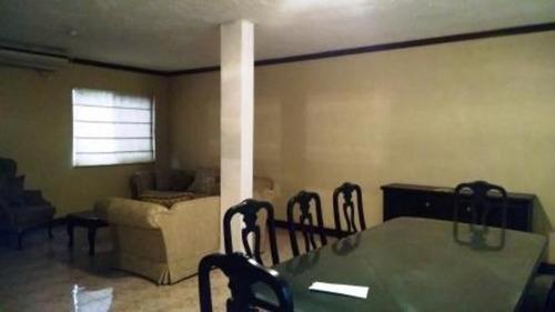 (crm-2895-57)  casa en venta las cumbres $2,800.000