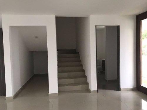 (crm-3486-405)  preciosa casa en venta en condominio zibata