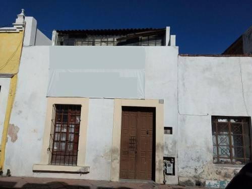 (crm-3811-149)  casa en el primer cuadro del centro histórico