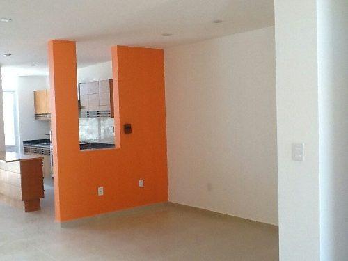 (crm-3811-154)  bonita casa en venta, amplios espacios.