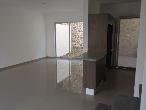 (crm-3811-159)  bonita casa en renta conocela.