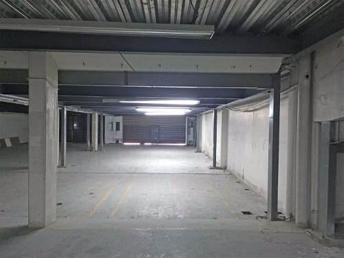 (crm-3816-2492)  se renta local de 921 m2 en av. 16 de septiembre, naucalpan