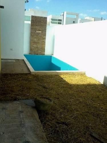 (crm-4184-1960)  casa en venta en merida, chuburná de hidalgo- ¡en privada y piscina!