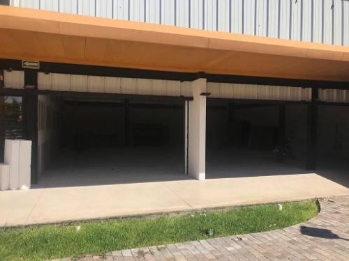 (crm-4184-1994)  locales en renta merida, plaza de la construcción ¡la primera opción!