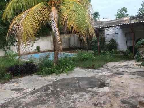 (crm-4184-2182)  casa en venta en merida, garcia gineres, con piscina