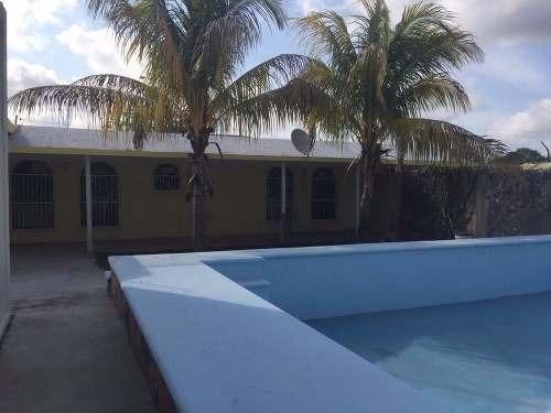 (crm-4184-2412)  residencia tipo quinta en merida, remodelada y lista para estrenar