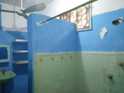 (crm-4184-2489)  casa en venta en merida, colonia centro ¡se tiene que remodelar!