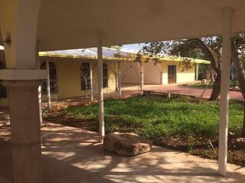 (crm-4184-825)  residencia tipo quinta en merida, remodelada y lista para estrenar