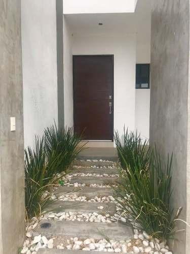 (crm-431-1746)  casa en venta en dominio cumbres fracc. santoral i
