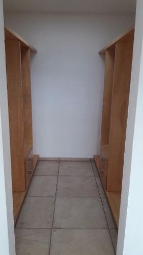 (crm-4446-68)  casa en lomas de juriquilla