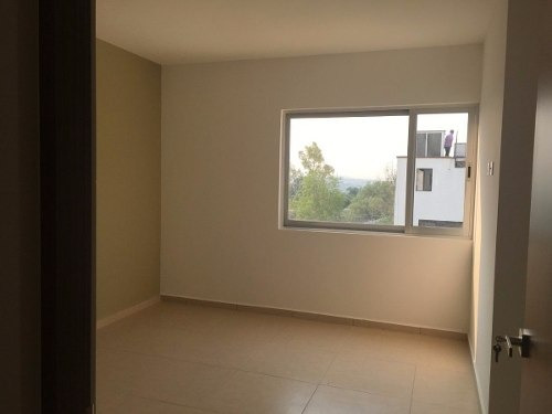 (crm-4446-76)  casa en venta real de juriquilla