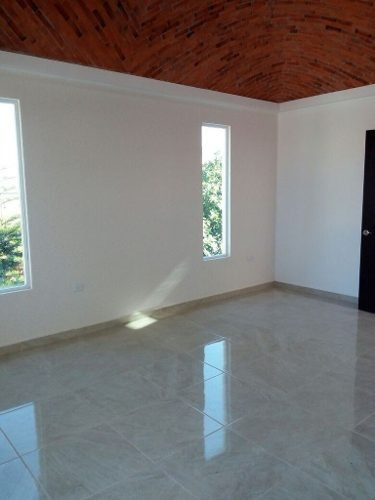 (crm-4464-4975)  casa en venta en tequisquiapan, querétaro