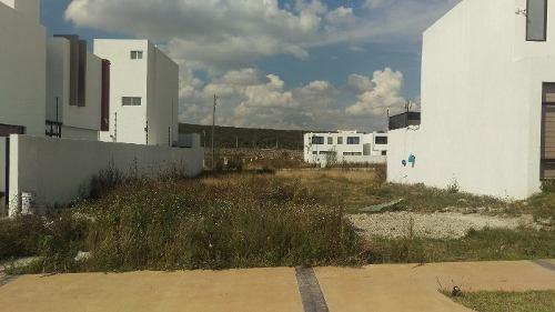 (crm-4464-4989)  venta de terreno en residencial mallorca queretaro