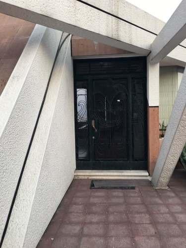 (crm-4708-1426)  hermosa casa en venta en lomas de valle dorado remodelada